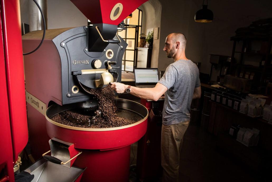 beim-kaffeeroesten